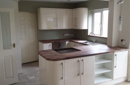 Kitchen installation in Studley